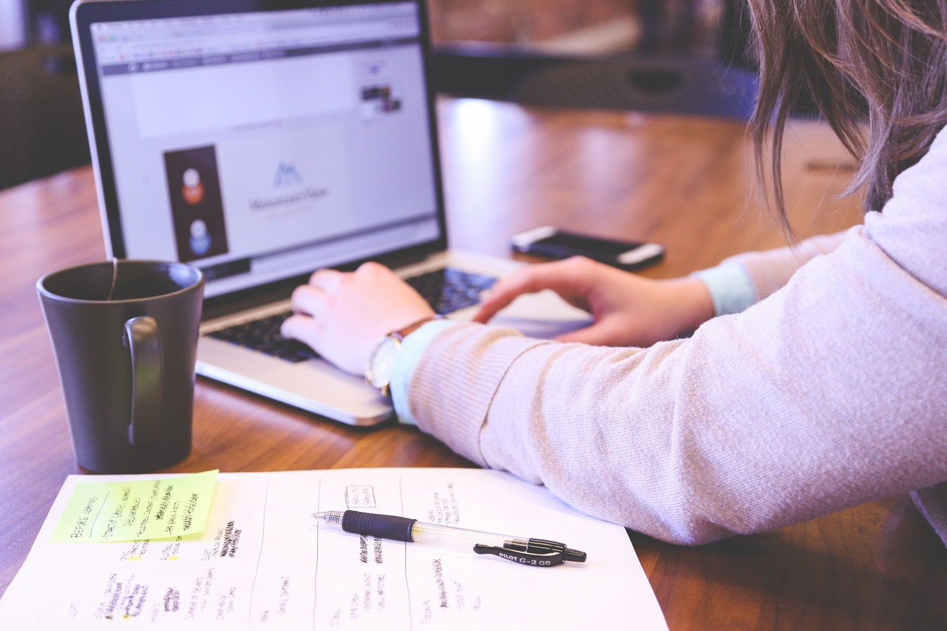 Se lancer sur internet : les astuces pour réussir