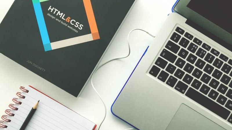 Devenir webmaster : 3 compétences incontournables à avoir