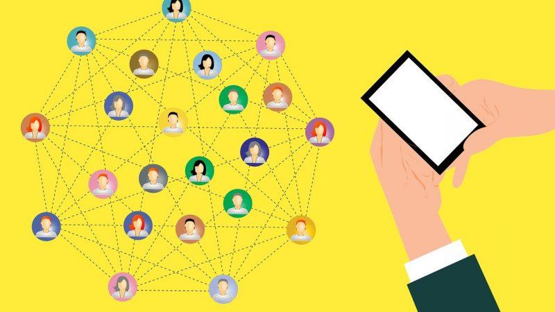 Quels avantages procure l'agence Manae Business pour une entreprise en termes de marketing/communication